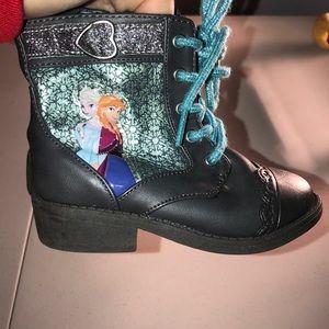 Girls size 8 frozen boots